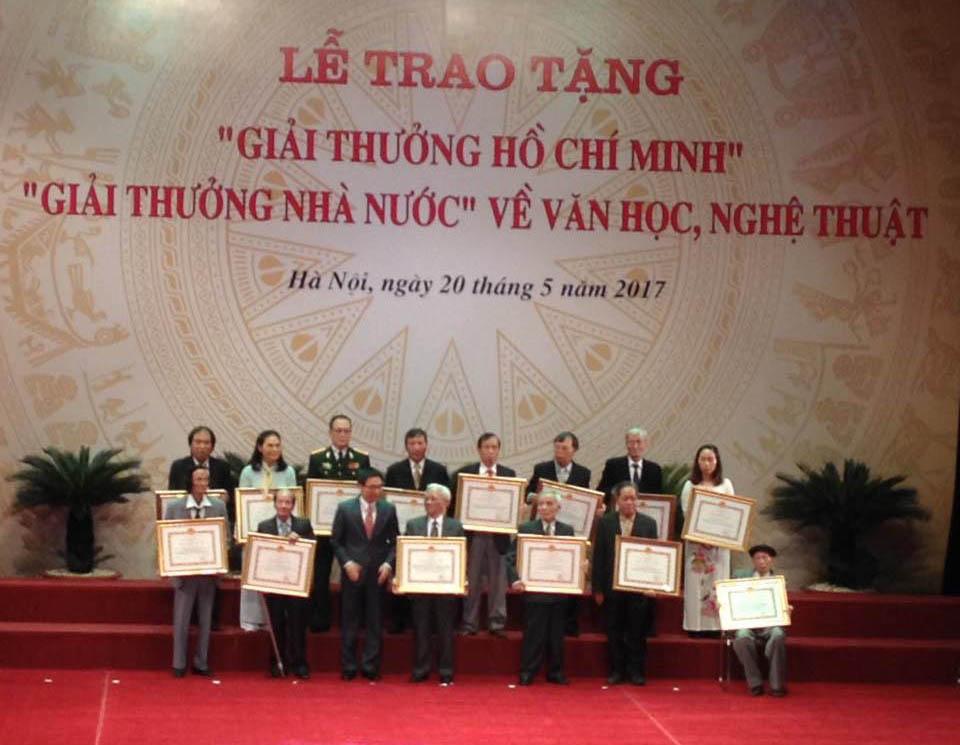 """05 Nghệ sĩ nhiếp ảnh vinh danh  nhận """"Giải thưởng Hồ Chí Minh"""" và """"Giải thưởng Nhà nước"""" về văn học nghệ thuật"""